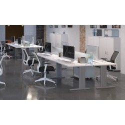 Mesa de escritorio operativa Euro 4000 recta con patas metálicas